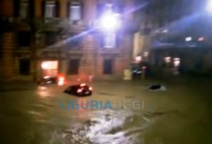 Alluvione Genova - Siae consegna assegni per i commercianti colpito