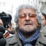 Beppe Grillo dichiara 7500 euro al mese