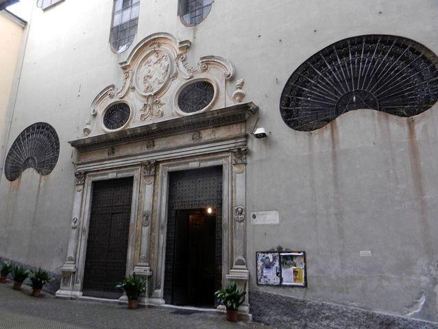 Genova -Messa di Natale in spagnolo alla Chiesa della Santissima Annunziata