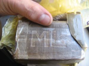 Carcare, 19enne fermata con 260 grammi di hashish in borsa: e' libera