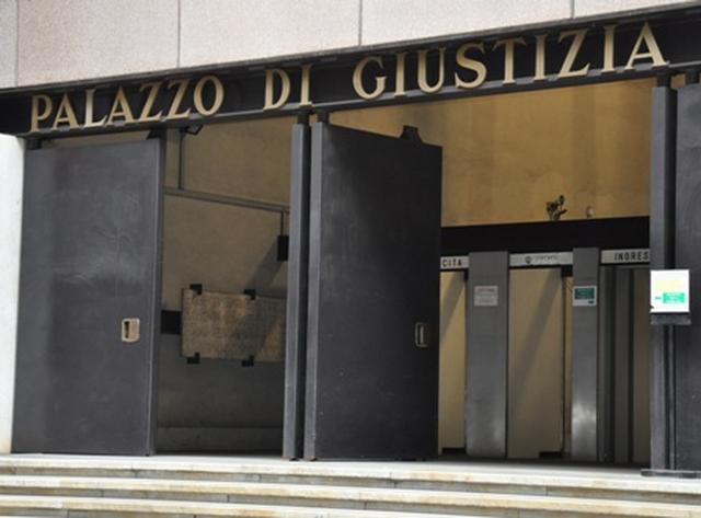 Genova - Incendio nella pizzeria di Multedo potrebbe essere doloso