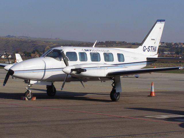 Ritrovato il Piper schiantato sul monte Carmo, morto pilota e passeggero