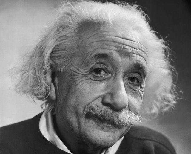 """La teoria della relatività di Einstein """"spegne"""" 100 candeline"""