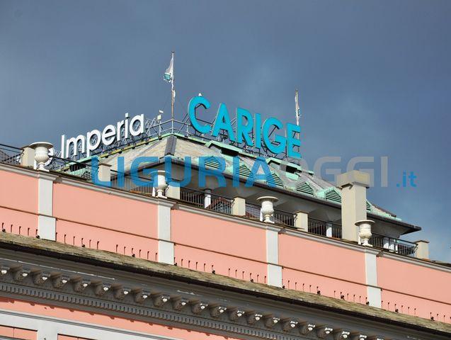 Raffiche di vento a 140 km/h in Liguria, è emergenza