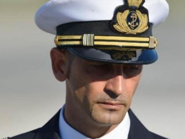 Marò: Corte Suprema indiana concede tre mesi in Italia a Latorre