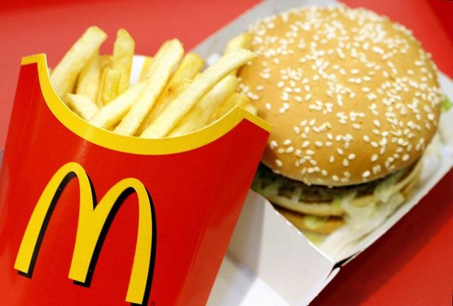 Patatine McDonald's irresistibili grazie a 14 ingredienti segreti, eccoli
