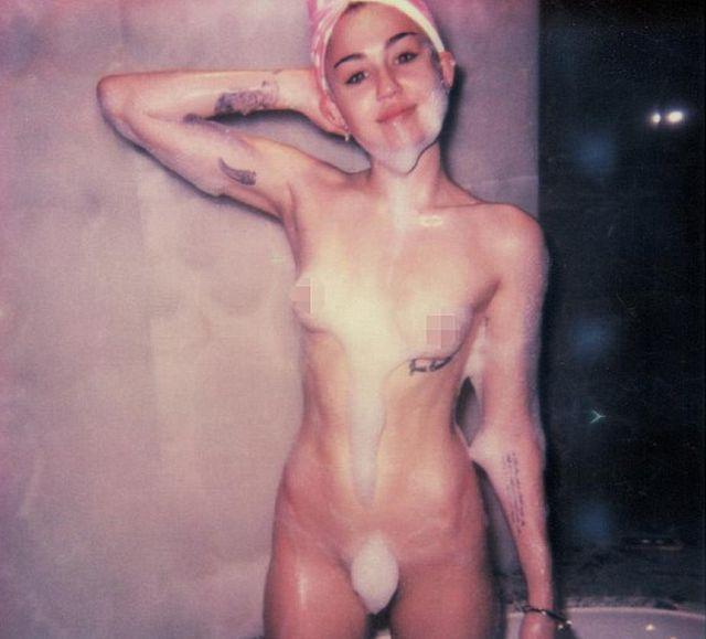 Gossip – Miley Cyrus nuda nella vasca da bagno per V Magazine