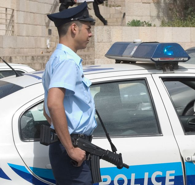 Israele – Passeggeri pugnalati su un autobus a Tel Aviv