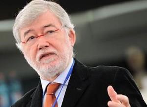 Sergio Cofferati lascia il PD dopo le Primarie delle polemiche