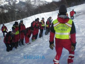 Courmayeur, valanga su sciatori: almeno due morti