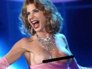 Veronica Maya topless a Tale e Quale show