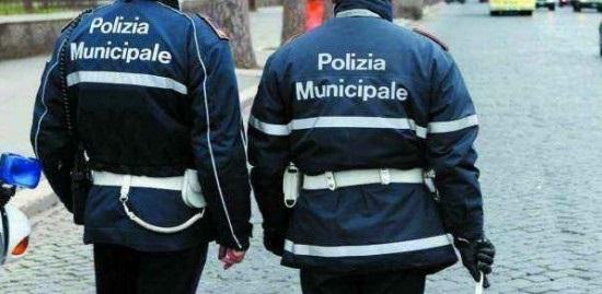 Genova Centro Storico, uomo aggredisce a pugni una giovane donna. Arrestato