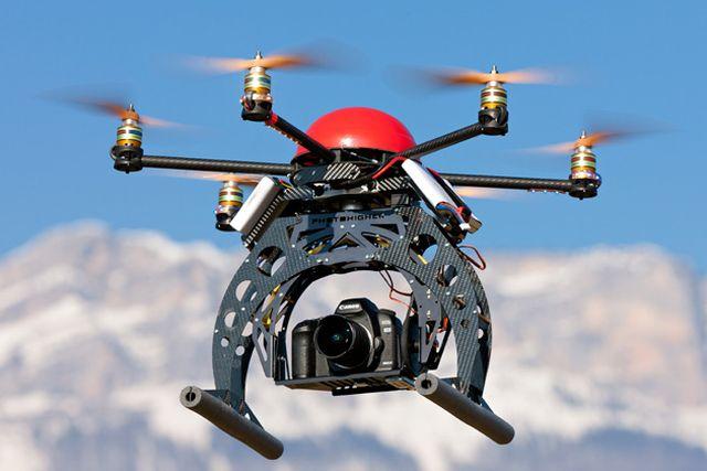 New York – Aereo rischia la collisione con un drone