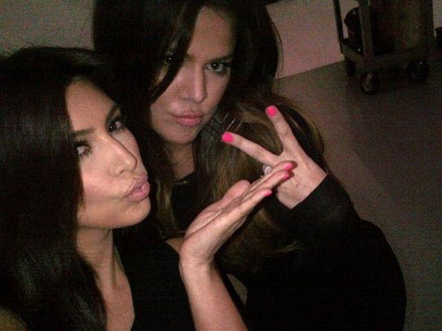 Kardashian – Kim e Khloe coinvolte in un incidente stradale in Montana