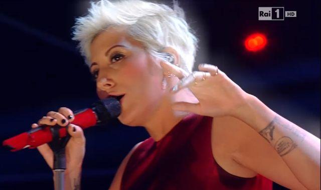 Sanremo 2015 – Malika Ayane canta Adesso e qui