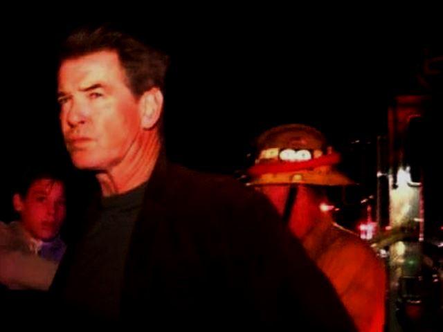 Pierce Brosnan – A fuoco la villa di Malibu di 007