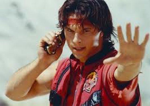 Power Ranger – L'attore Riccardo Medina uccide un uomo con la spada