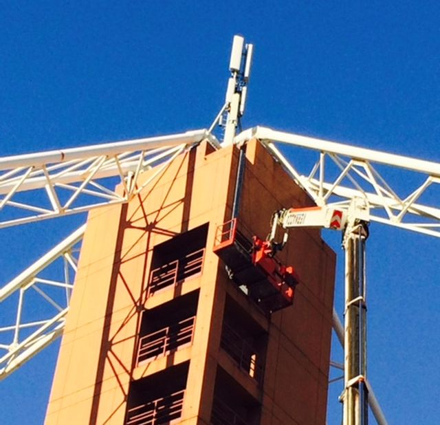 Stadio di Marassi – Spuntano una maxi gru e le antenne cellulari