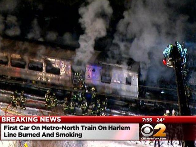 New York – Treno contro auto, 7 morti