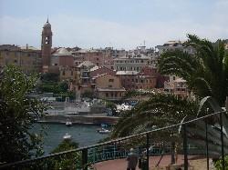 Genova, 14enne precipita da 6 metri al Porticciolo di Nervi: è grave