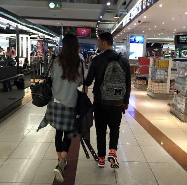 Gossip – Belen e Stefano avvistati insieme all'aeroporto di Dubai