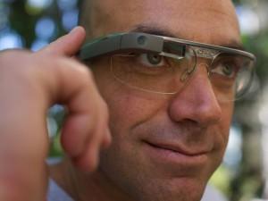 Google Glass in Medicina - A Torino 25 medici visitano paziente in connessione