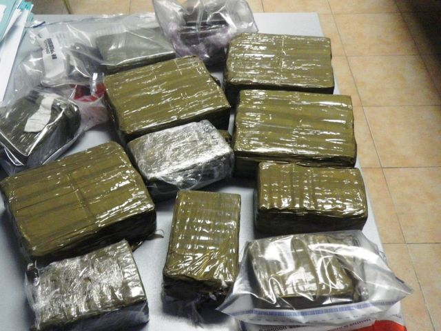 Droga – Sequestrati 70 chili di hashish a Genova