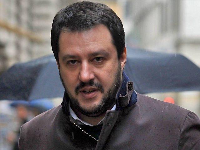 Referendum – Exit poll confermano No al 60% e Salvini lancia #Renziacasa