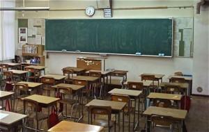 Milano, crolla controsoffitto in una scuola elementare: feriti quattro bambini