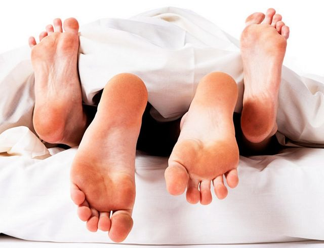 Sesso – Se le donne dormono di più ne hanno più voglia