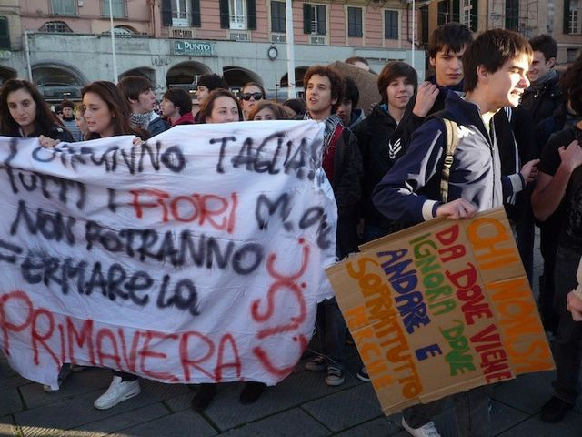 Genova – Corteo studentesco in centro