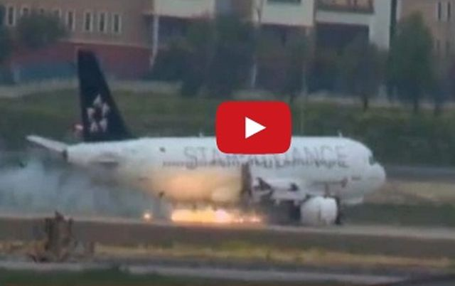 Aereo Turkish Airline atterra a Instanbul con motore in fiamme