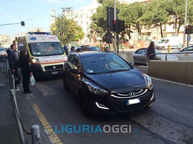 Genova – Grave l'anziano investito in corso Europa