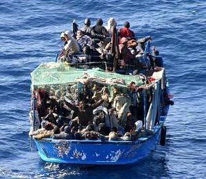 Migranti, nove interventi nel Canale di Sicilia: salve 1230 persone