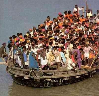 Strage di Migranti – Alfano: presi due scafisti