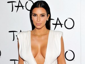 Kanye West e Kim Kardashian aspettano il terzo figlio da madre surrogata