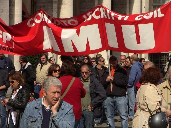 Genova – Amiu: sciopero e corteo contro privatizzazione