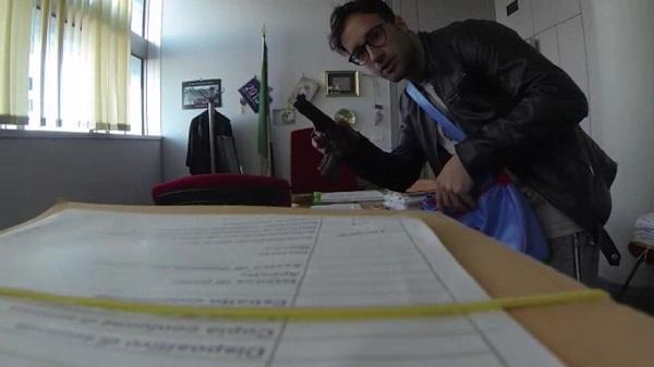 """Pescara – Mario Ferri """"Falco Invasore"""" in Tribunale con pistola: denunciato"""
