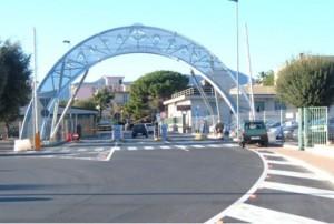 Superstrada Savona-Vado, scontro auto moto: grave una ragazza