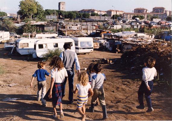 """Roma – """"Finti poveri"""" sgomberati da campo rom"""