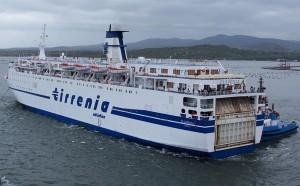 Genova - Traghetto Tirrenia colpisce la banchina. Danni ma nessun ferito