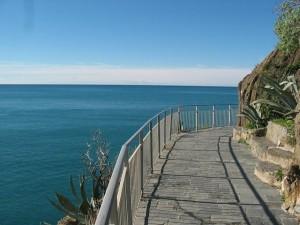 """Regione Liguria, no a """"numero chiuso"""" alle Cinque Terre"""