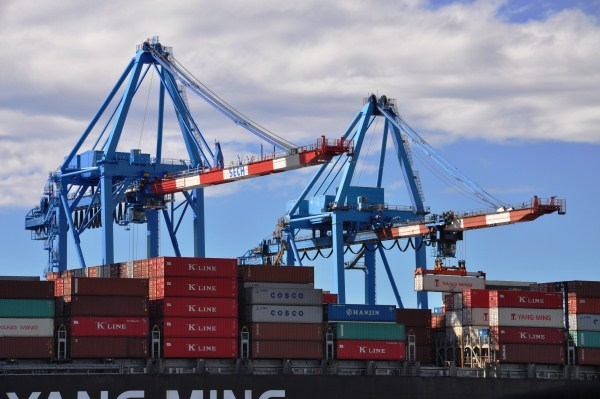 Liguria – Porto di Genova: Vte compra 4 gru per 40.000.000 di Euro