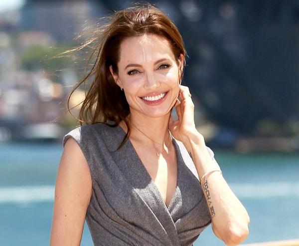 Angelina Jolie lascia la fondazione di Lady Diana, stipendi troppo alti