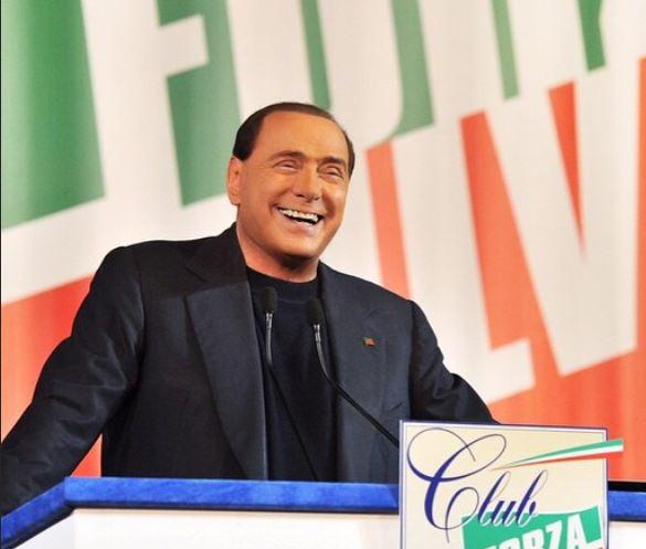 """Milano, Silvio Berlusconi ricoverato al """"San Raffaele"""" per accertamenti"""