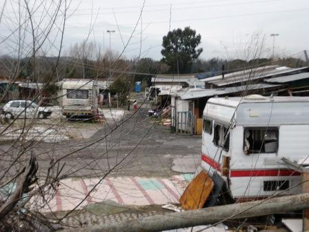 Chiavari, sgomberato accampamento rom in Colmata