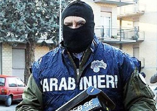 Camorra, 57 arresti in blitz antimafia in sei province italiane