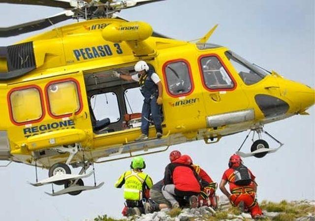 Alpinista ligure muore sulle Alpi Apuane