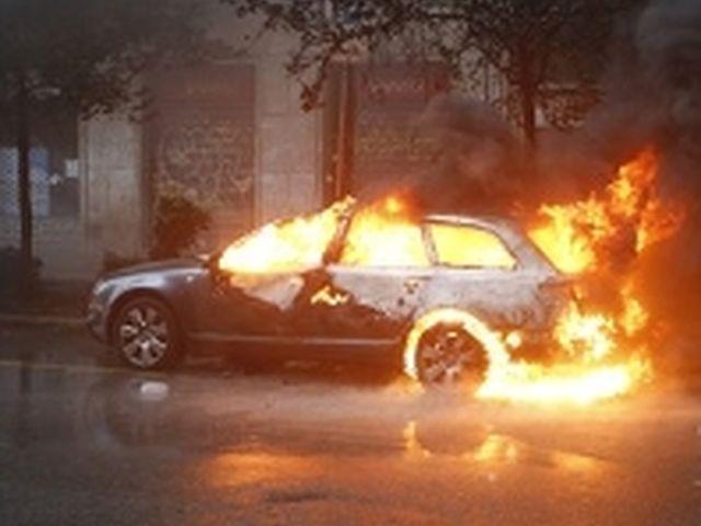 Expò 2015 – Cariche di polizia, molotov e auto in fiamme