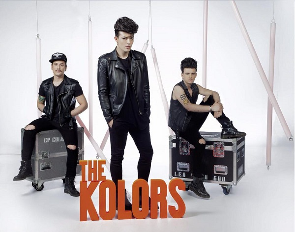 """The Kolors – Esce oggi il primo album """"Out"""", ed è già un successo"""